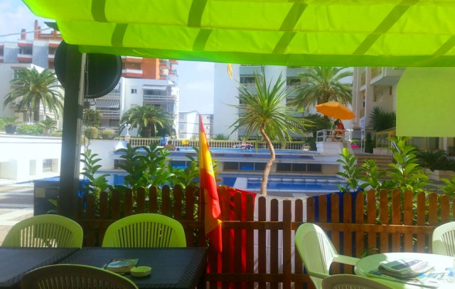 bar piscinas novelty salou